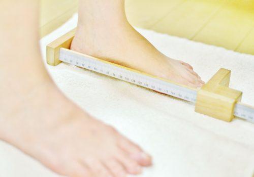 サロンドピュアボディ フットケア 東京 原宿 足の悩み 靴が合わない 外反母趾 身体の歪み-靴が合わない・外反母趾・足から身体を変えたい